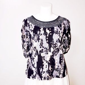 Gorgeous, Jeweled /Embroidered Boat Neck Top Sm.